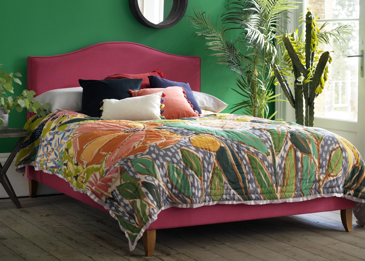 How to create a stylish bedroom with colour