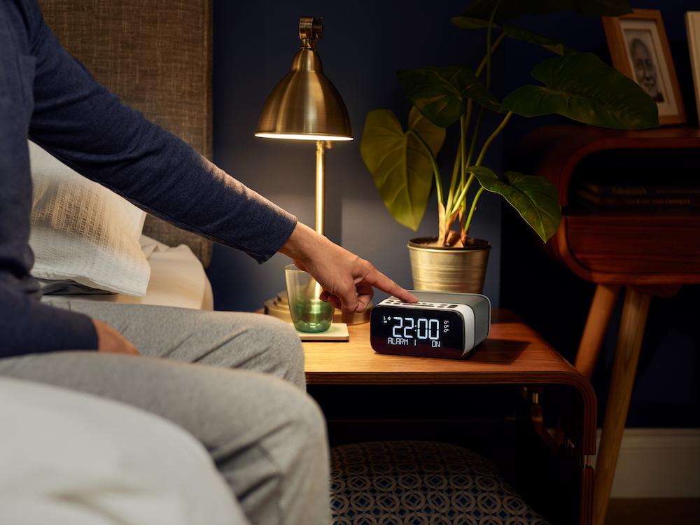 Win: A Pure Alarm Clock Radio
